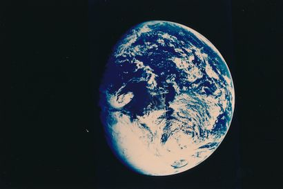 NASA Apollo 11, 16-24 juillet 1969. Vue de la Terre. Épreuve chromogénique sur papier...