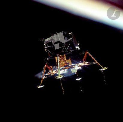 NASA Apollo 11, 20 juillet 1969. Le module lunaire Eagle en phase d'atterrissage....