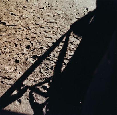 NASA Apollo 11, 20 juillet 1969. Empreintes de pas de Neil Armstrong et Buzz Aldrin...