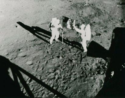 NASA Apollo 11, 20 juillet 1969. Déploiement...
