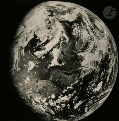 Programme spatial russe Zond Zond 7, août...