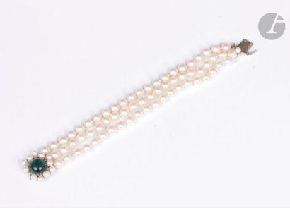Bracelet de 3 rangs de perles de culture,...