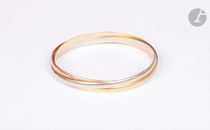 Bracelet composé de trois joncs en trois...
