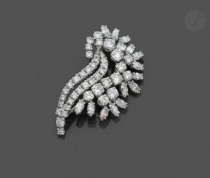 Broche-pendentif gerbe en or gris 18K (750),...