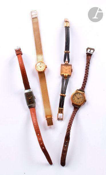 Lot composé de 4 montres bracelet de dame...