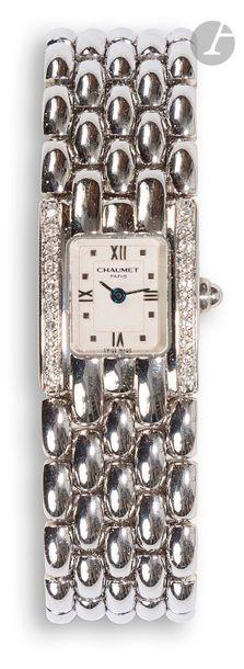 CHAUMET KHESIS. Vers 2000 Montre bracelet...
