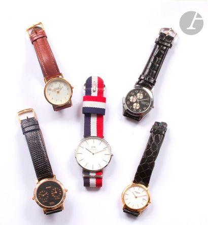 Lot composé d'un ensemble de 5 montres en...