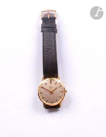 CERTINA. Montre bracelet d'homme en or 18K...