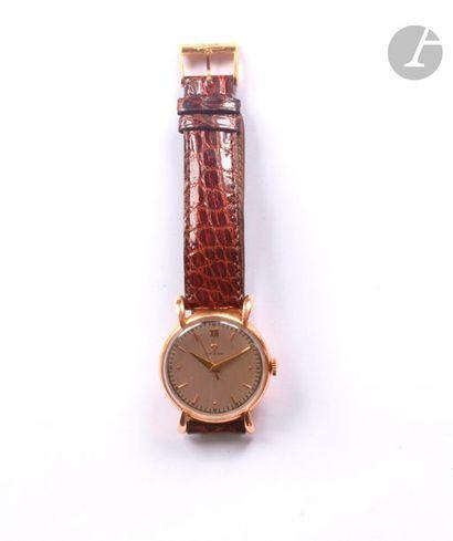 OMEGA. Montre bracelet d'homme en or rose...