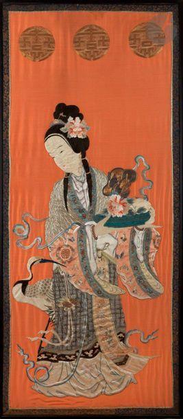 CHINE - XIXe siècle Panneau en soie rouge...