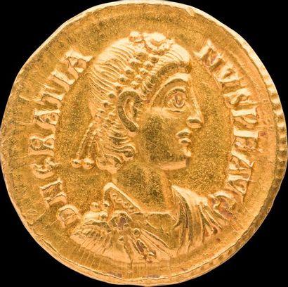 GRATIEN (367-383). Son buste diadémé et drapé...