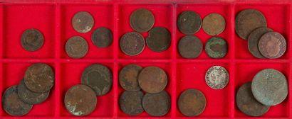 ANCIEN REGIME LOT de 35 monnaies en cuivre...