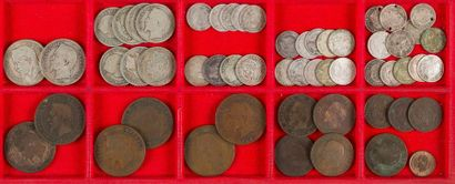 NAPOLEON III (1852-1870). LOT de 57 monnaies...