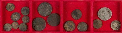 MONNAIES DES CROISADES ET DE L'ORIENT CHRETIEN. LOT de 16 monnaies en argent, billon...