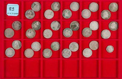 LOT de 33 monnaies divisionnaires en argent...