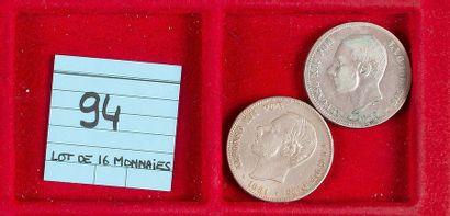 LOT de 16 monnaies divisionnaires en argent...