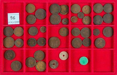 LOT de 40 monnaies divisionnaires en cuivre...