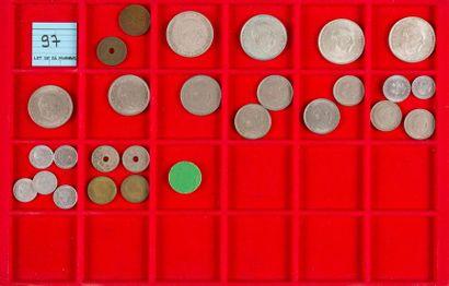 LOT de 26 monnaies : 2 ex. de la DEUXIEME...