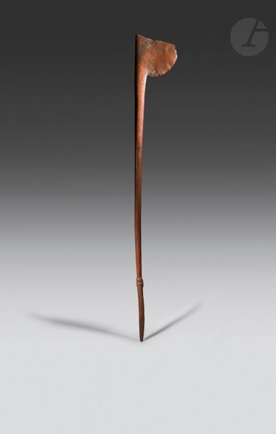 Un ancien et rare bâton Tewhatewha à décors...