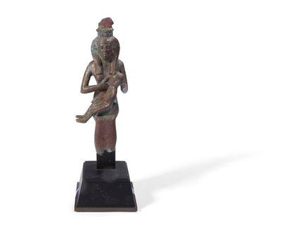 ÉGYPTE. Statuette ex-voto représentant la...