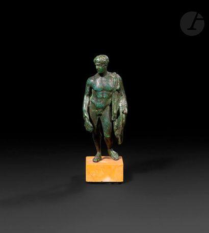 Statuette de Mercure en bronze.  Dans le...