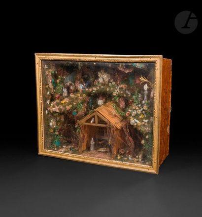 Crèche en verre filé représentant la Nativité...