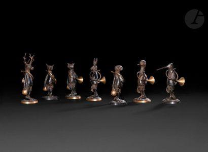 Suite de sept figures d'animaux anthropomorphes...