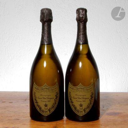 2 B CHAMPAGNE DOM PÉRIGNON (1 en coffret), Moêt & Chandon, 1990