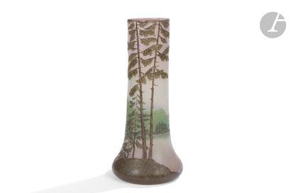 LEGRAS Paysage de montagne aux mélèzes Vase...