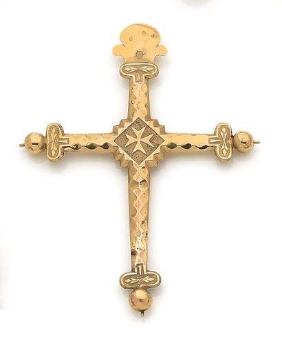 Croix-pendentif en or 18K (750). Travail...