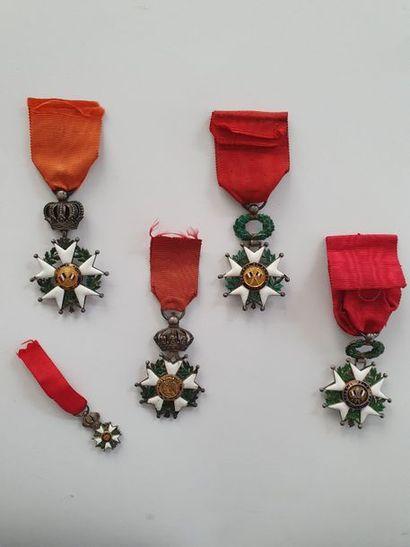 FRANCE ORDRE DE LA LÉGION D'HONNEUR, institué en 1802. Cinq légions d'honneur:...