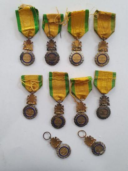 FRANCE MÉDAILLE MILITAIRE Lot de 10 médailles militaires d'époque IIIe République,...