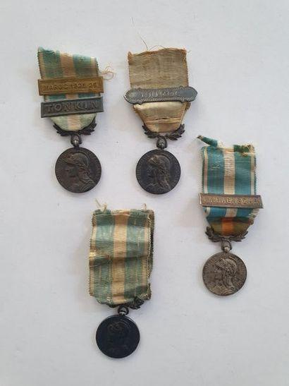 FRANCE MÉDAILLE COLONIALE Quatre médailles...