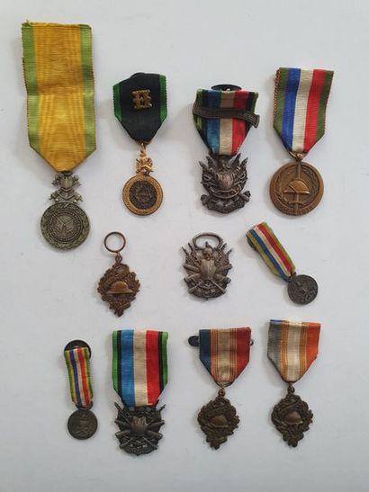 ANCIENS COMBATTANTS Ensemble de11 médailles...