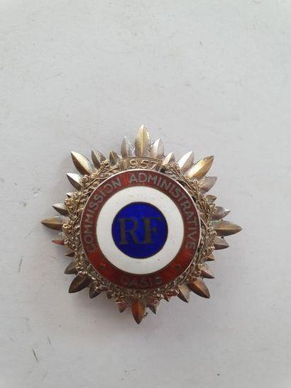 FRANCE Rare insigne de la commission administrative...