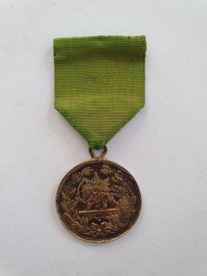 PERSE ORDRE DU LION ET DU SOLEIL Médaille...
