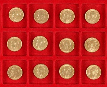 12 Souverains en or. Type Georges V. 1911...