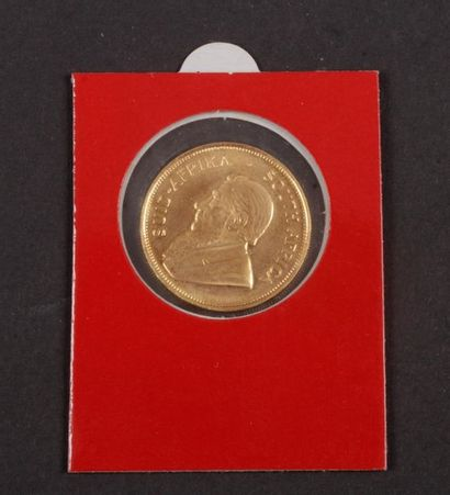 AFRIQUE DU SUD : 3 pièces en or : - 1 / 2...