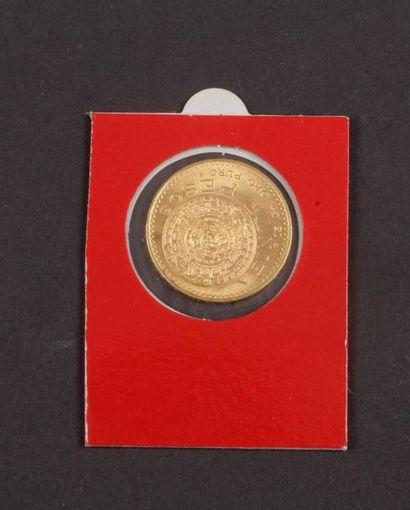 Lot de 2 pièces en or étrangères : - 20 Pesos...