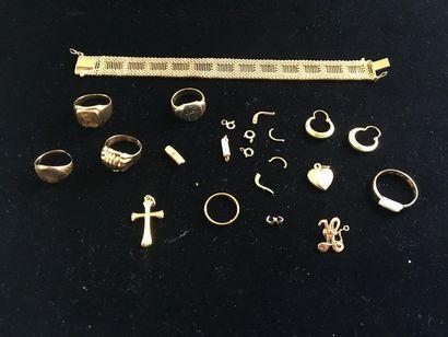 Lot de bijoux en or. Poids : 70 g. bracelet,...