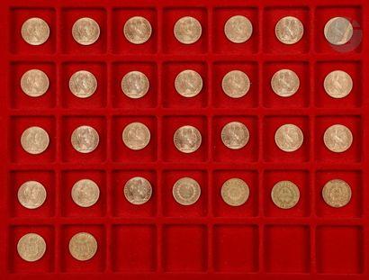 30 pièces de 20 Francs en or : - 1 pièce...