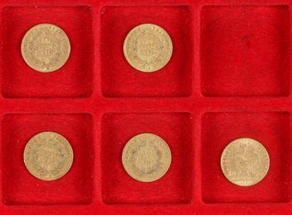 5 pièces de 10 Francs en or. - 2 pièces de...