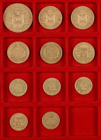 Lot de 11 pièces françaises en or, dans un...
