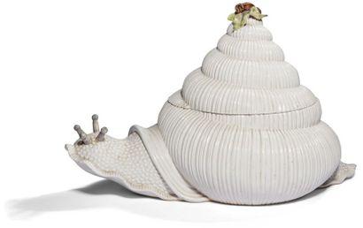 Italie Terrine couverte en forme d'escargot...