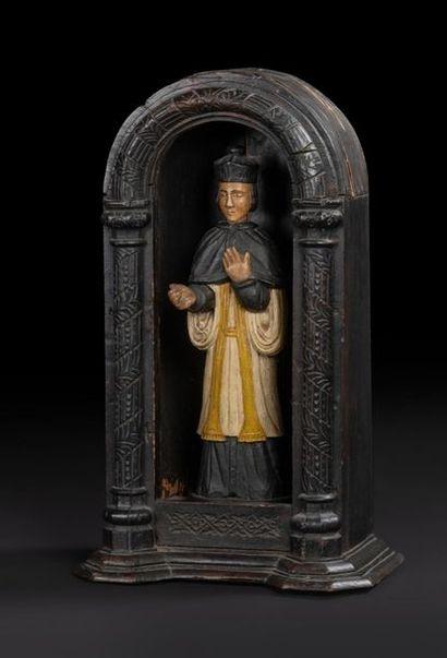Saint Yves en bois sculpté et polychromé....