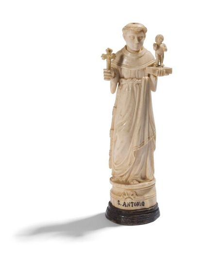 Saint Antoine de Padoue en ivoire sculpté...
