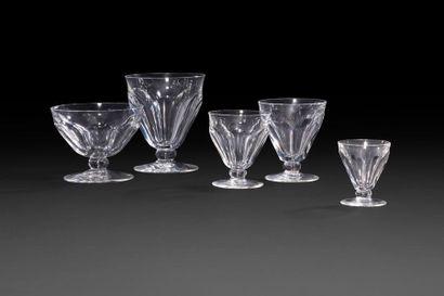 Service en verre de Baccarat, modèle Talleyrand,...