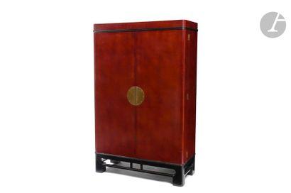 TRAVAIL DES ANNÉES 1940/50 Cabinet en laque...