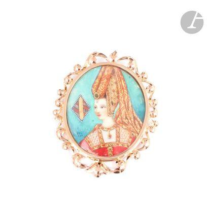Broche en or 18K (750) rose ornée d'une miniature polychrome sur ivoire représentant...