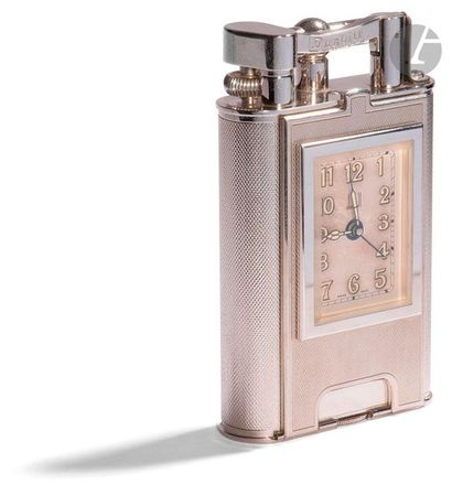 DUNHILL Challeston giant table lighter. Série...